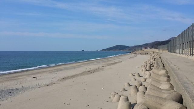 キス釣りが楽しめる砂浜