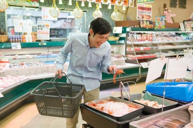 スーパー魚売り場 穴釣り 餌