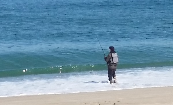海釣りサーフ服装