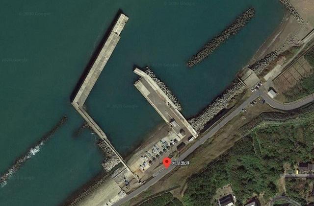 大潟魚港航空写真