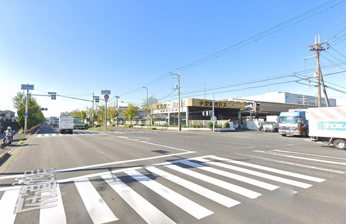 ホクシン前(貝塚白灯台)交差点2
